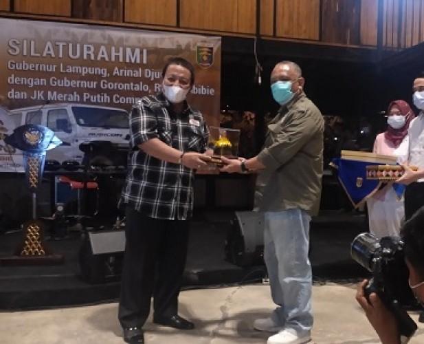Arinal Promosikan Pariwisata Lampung ke Gubernur Gorontalo