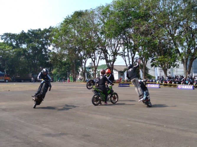 Armada Meriahkan Nobar Moto GP di Saburai