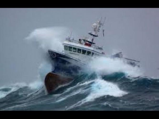 ASDP Ingatkan Nahkoda Kapal Waspadai Cuaca Ekstrem