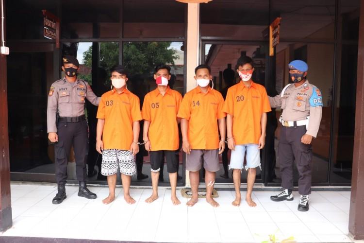 Asyik Pesta Sabu di Indekos, Empat Pemuda di Pringsewu Dibekuk Polisi