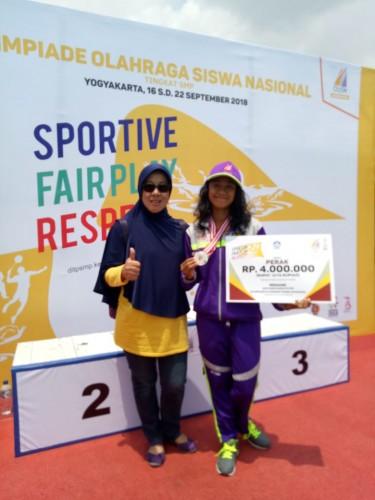 Atlet Renang Lampung Sumbang 2 Medali Perak O2SN