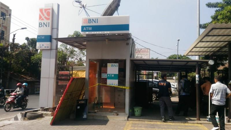 ATM di Jalan Arif Rahman Hakim Dibobol