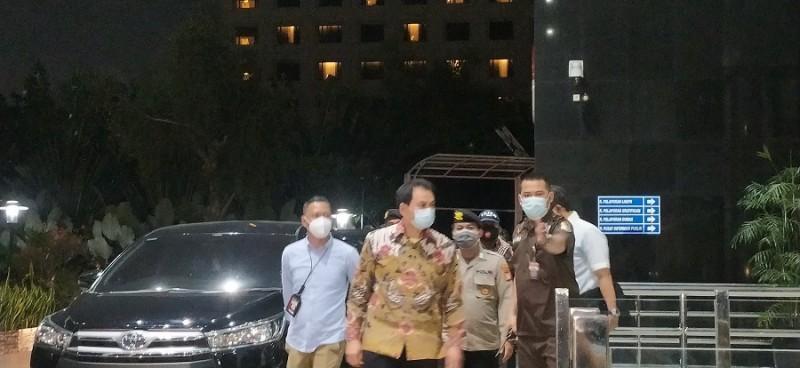 Azis Syamsuddin Diseret ke Markas KPK