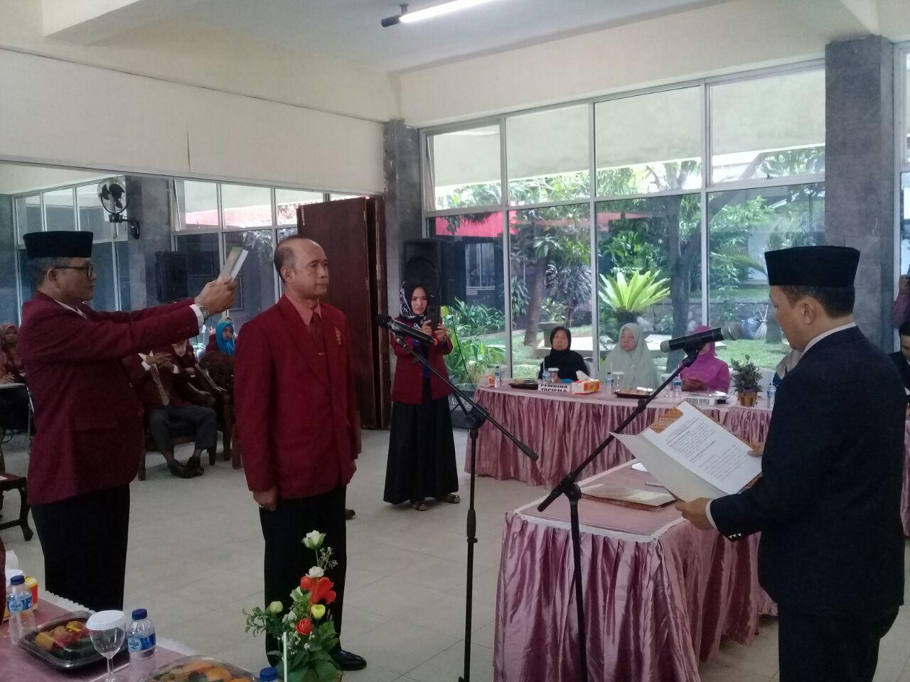 Agus Mardihartono Dilantik Sebagai Rektor UTB