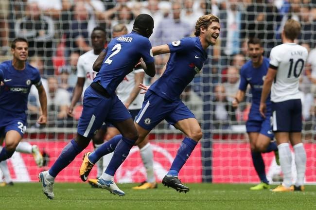 Dwigol Marcos Alonso Bawa Chelsea Tekuk Spurs