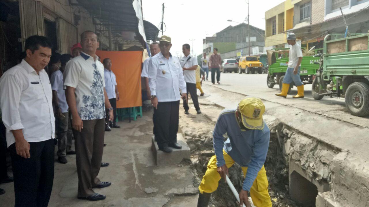 Bentuk Satgas Kebersihan, Mustafa Ajak Pedagang Rawat Plaza Bandarjaya