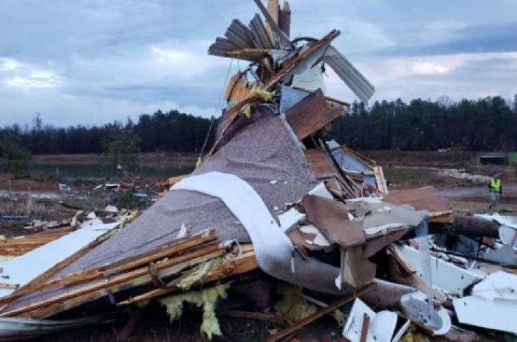 Badai Dahsyat di AS Selatan Tewaskan 8 Orang