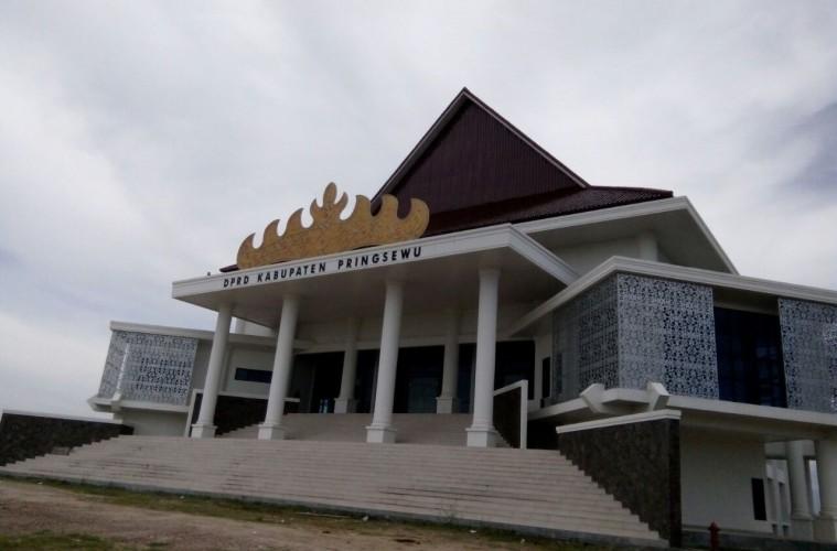 Banang DPRD Pringsewu Coret Anggaran Honor Kegiatan