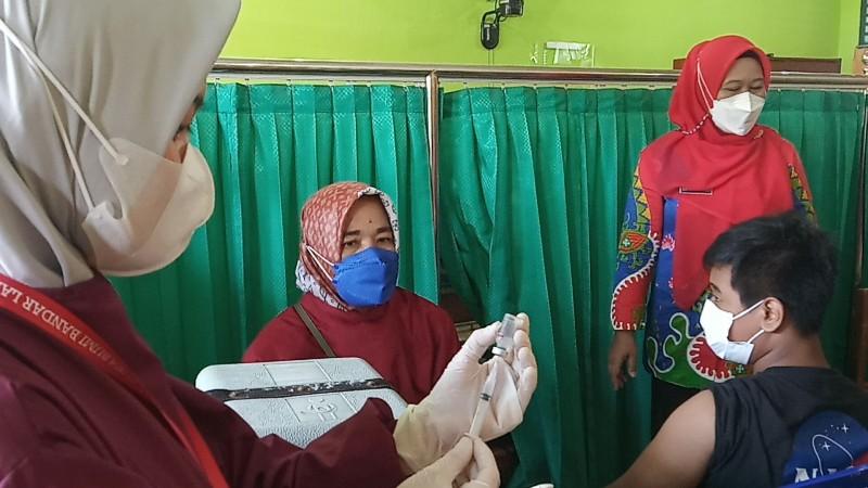 Bandar Lampung Fokus Vaksinasi Siswa Kelas 7 dan 8