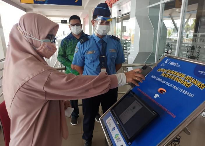 Bandara Radin Inten II Wajibkan Penumpang Gunakan Aplikasi Peduli Lindungi