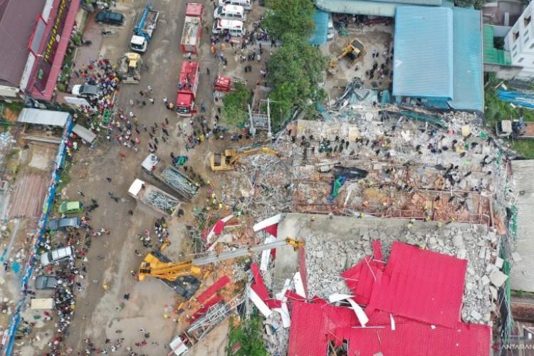 Bangunan Ambruk di Kamboja, 7 Orang Tewas