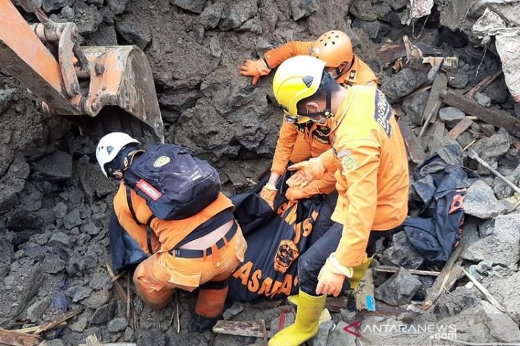 Banjir dan Longsor di Manado Telan Enam Korban Jiwa