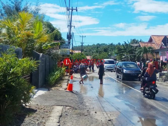 Banjir Rob Rendam Puluhan Rumah di Kalianda