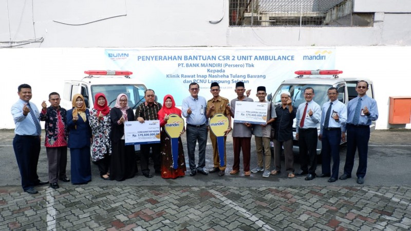 Bank Mandiri Salurkan Bantuan Dua Ambulance