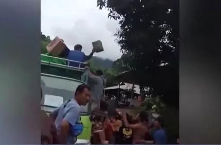 Bantuan Korban Gempa Sulbar Dijarah Warga