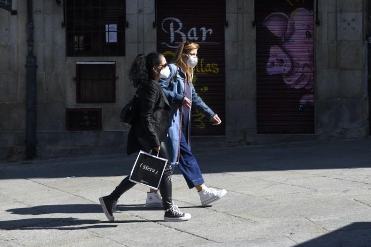Bar di Spanyol Ditutup Usai Terjadi Lonjakan Kasus Covid-19