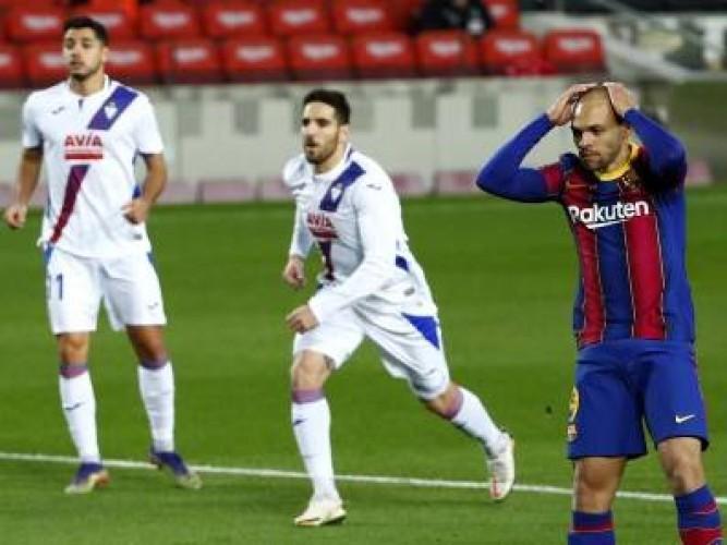 Barcelona Ditahan Imbang Tim Tamu