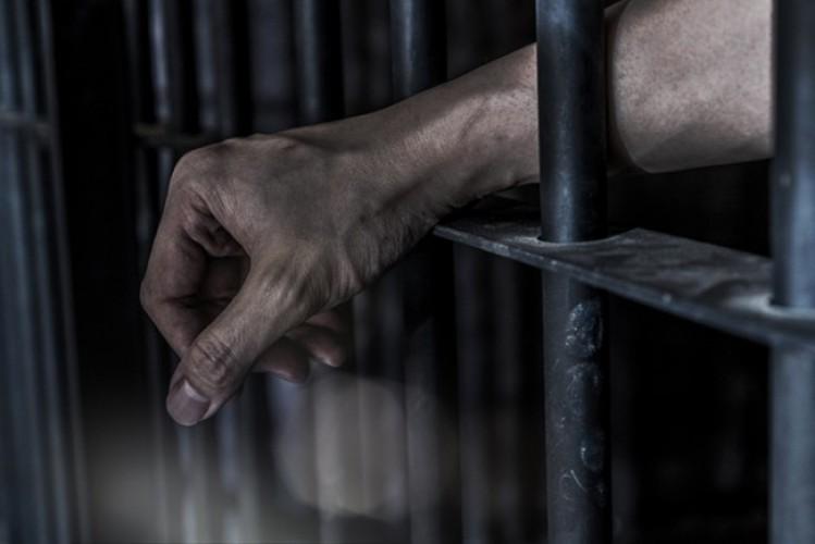 Bawa Kabur Tersangka, Tiga Orang Ditangkap Aparat