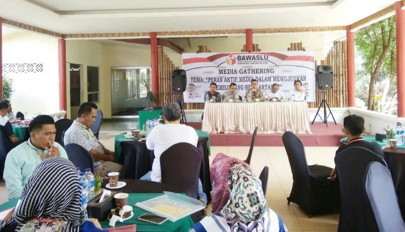 Bawaslu Lampung Selatan GelarMedia Gathering bersama Media