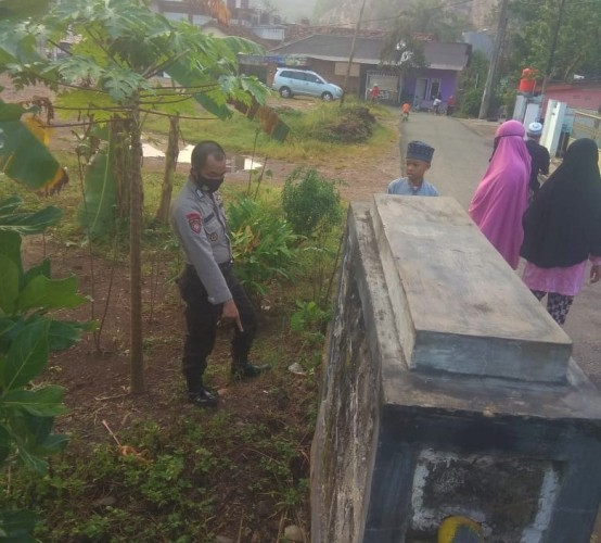 Bayi Laki-laki Ditemukan Telantar di Jembatan Gedong Air Bandar Lampung