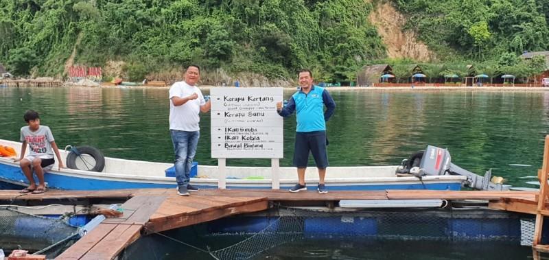 BBPBL Titipkan Empat Ekor Ikan Jumbo di Tegal Mas