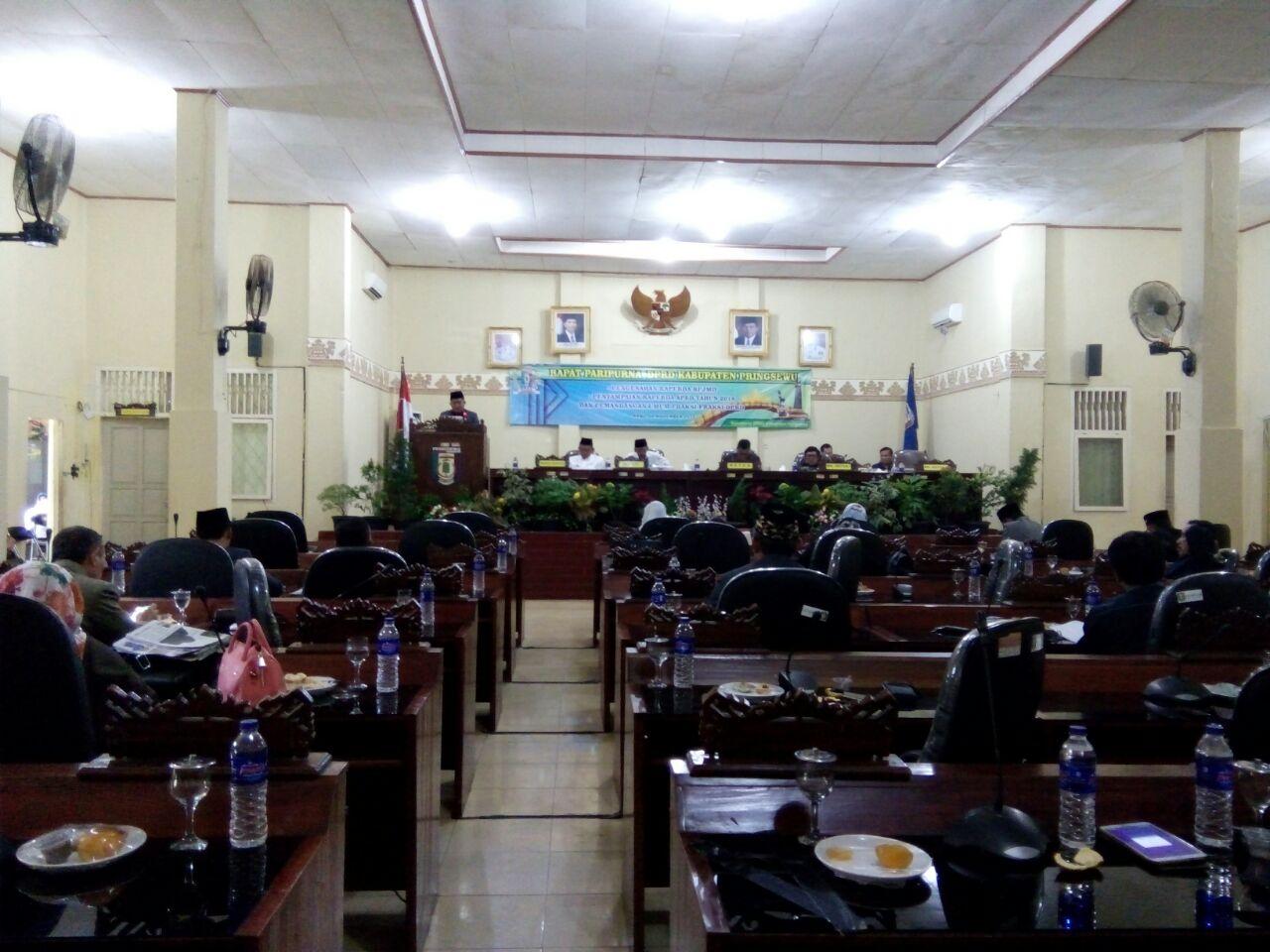 Sejumlah Fraksi Soroti RPJMD dan Raperda APBD 2018