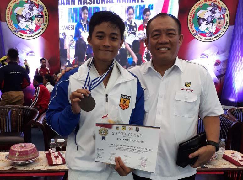 Karateka Lampung Sabet Tiga Medali di Piala Mendagri