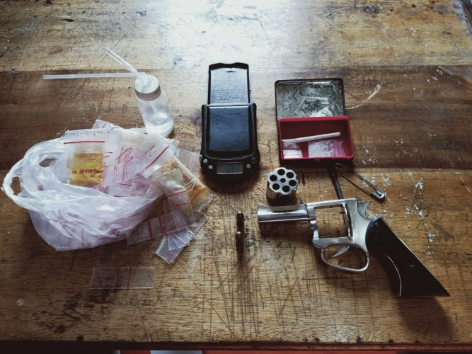 Bekuk Pengedar Sabu, Polisi Amankan Dua Senpi Rakitan