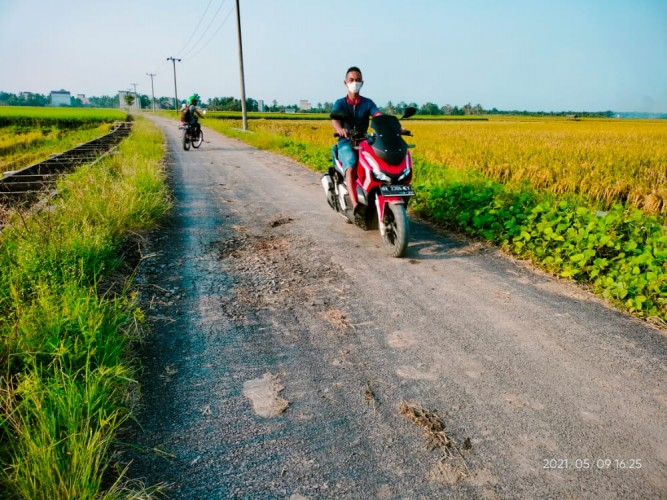 Belum Satu Tahun, Ruas Jalan Pusingan Kembali Rusak