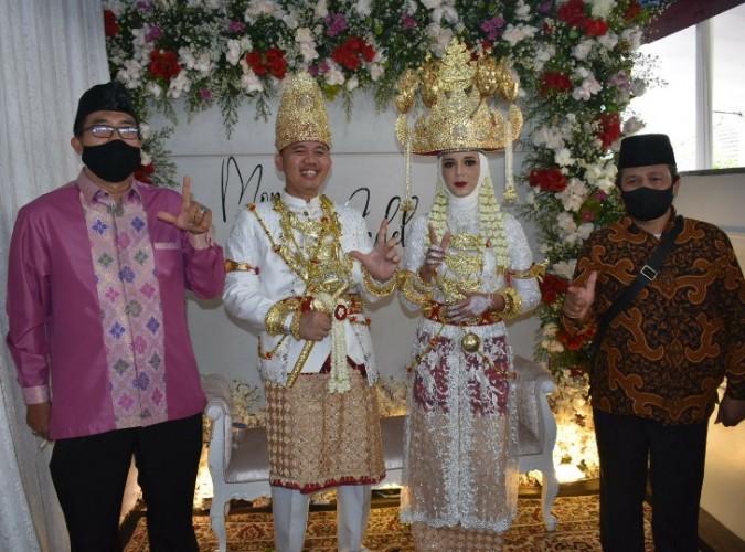 Bendahara Barikade Gus Dur Lampung Melepas Masa Lajang