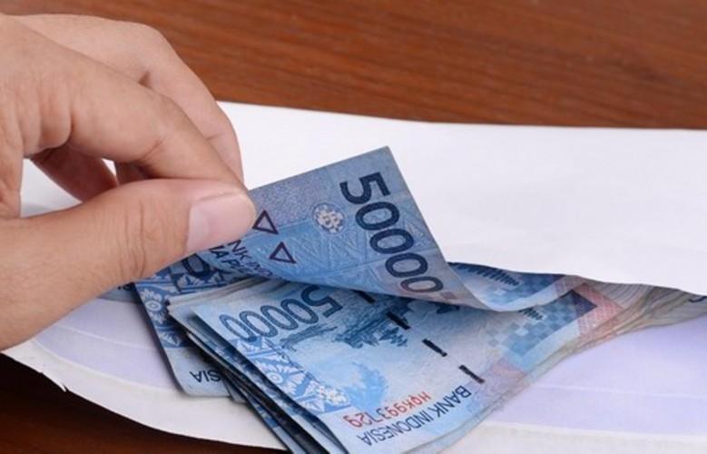 Berkah Satu Keluarga Mendapatkan Bantuan Subsidi Upah dari Pemerintah