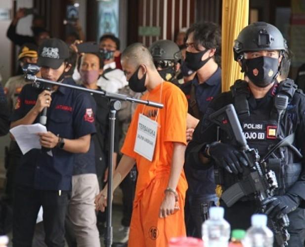 Berkas Lengkap, Penikam Syekh Ali Jaber segera Naik ke Persidangan
