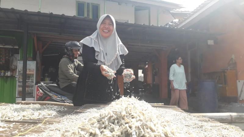 Bermodal Rp250 Ribu, Warga Pulau Pasaran Sukses Buka Pengolahan Ikan Asin