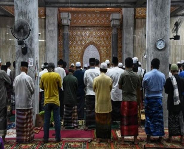 Besok, Warga Bogor Bisa Beribadah di Masjid