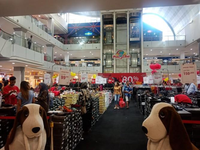 Big Sale Transmarco Beri Diskon Hingga 80 Persen