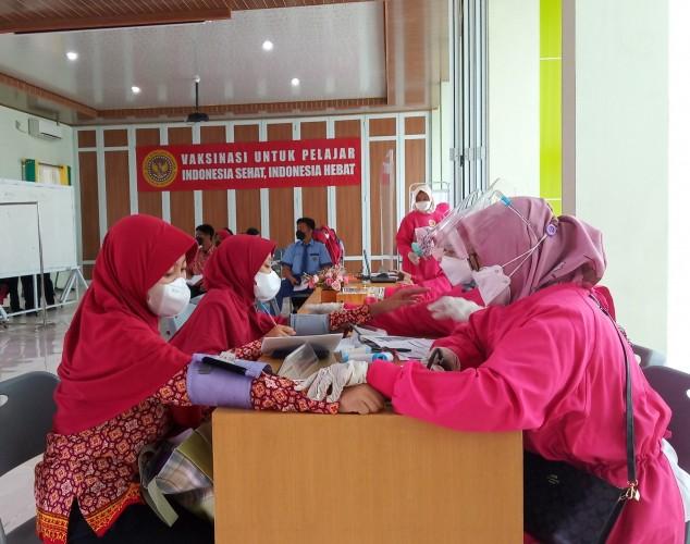 BIN Tuntaskan Vaksinasi Pelajar di Bandar Lampung