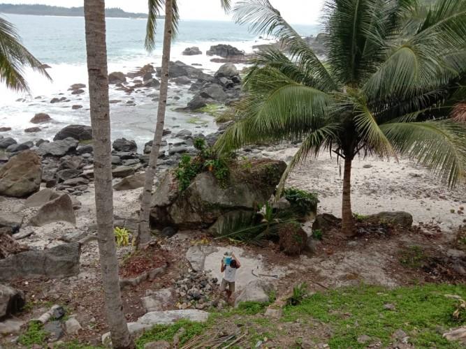 Bisnis Kuliner di Pantai Tebakak Masih Bertahan di Tengah Pandemi Covid-19