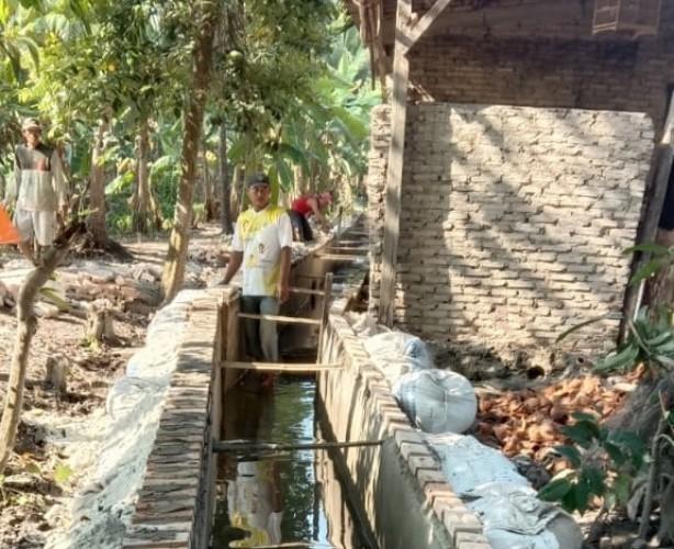 BLT Senilai Rp478,8 Juta Disalurkan ke 133 Warga Desa Berundung Lamsel