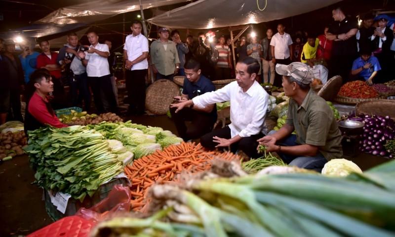 Blusukan ke Pasar Bogor, Presiden Ingin Pastikan Harga Stabil