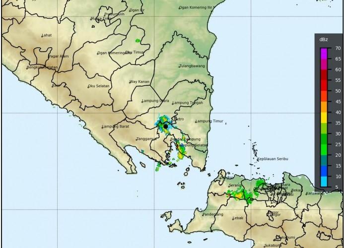 BMKG Lampung: Waspada Hujan Lebat dan Angin Kencang