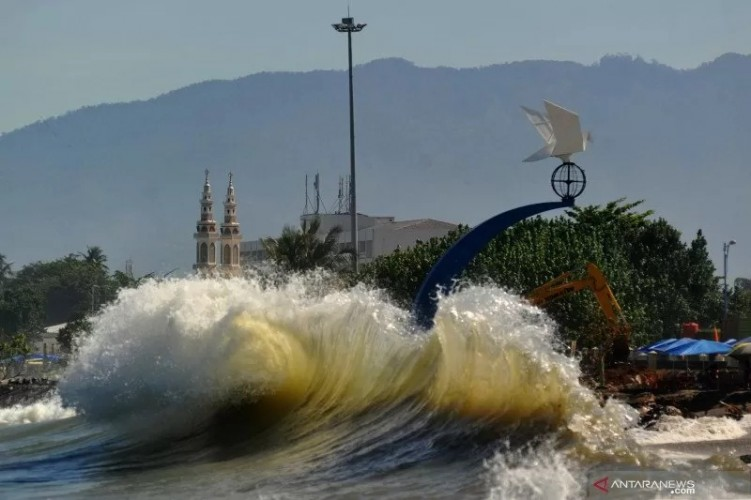 BMKG Beri Peringatan Adanya Potensi Tsunami