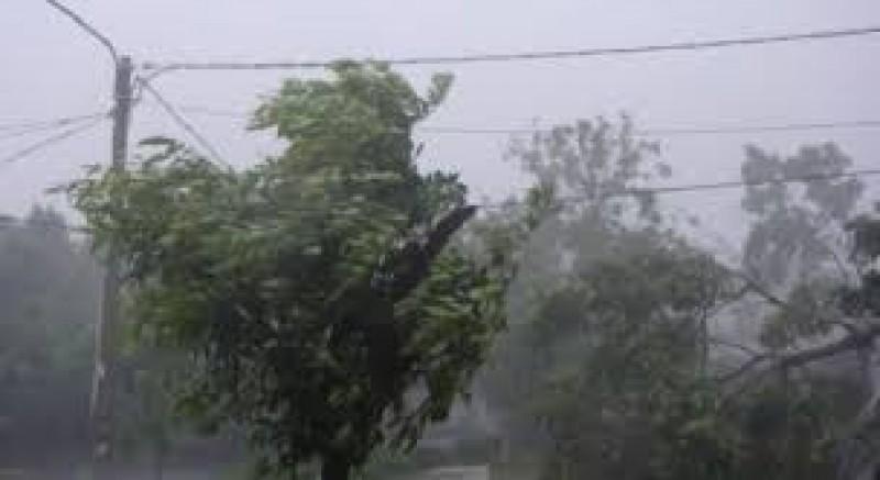 BMKG: Waspada Hujan Disertai Petir Hari ini