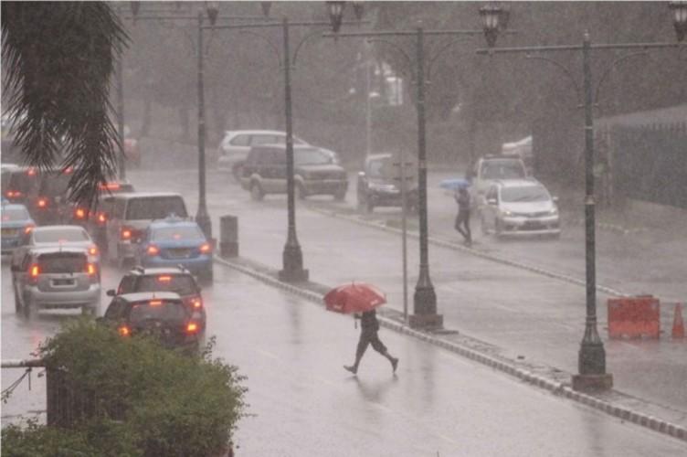 BNPB Imbau Masyarakat Bersiap Hadapi Musim Hujan