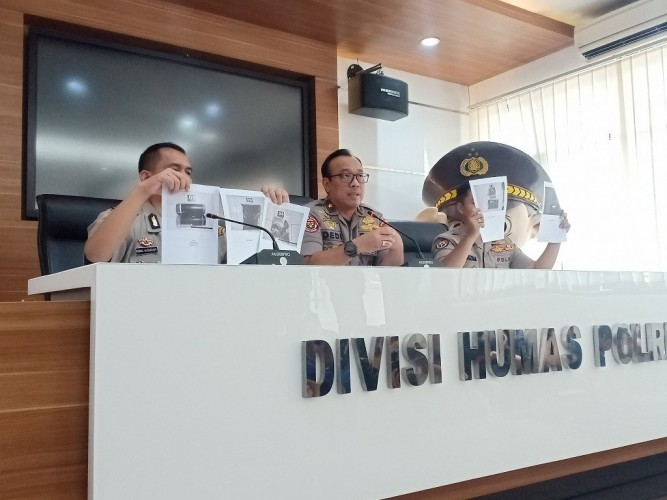 Bom Anggota JAD Cirebon Mengandung Racun