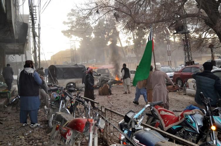 Bom Bunuh Diri di Pakistan Tewaskan Delapan Orang