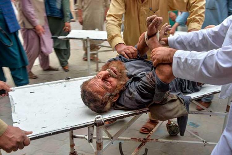 Bom Meledak Saat Salat Jumat di Afganistan Tewaskan 20 Orang