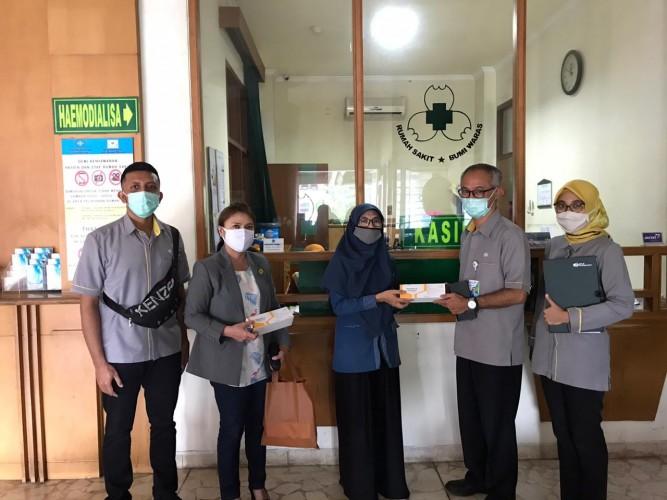BPJamsostek Bandar Lampung Salurkan Bantuan Multivitamin ke Rumah Sakit dan Perusahaan