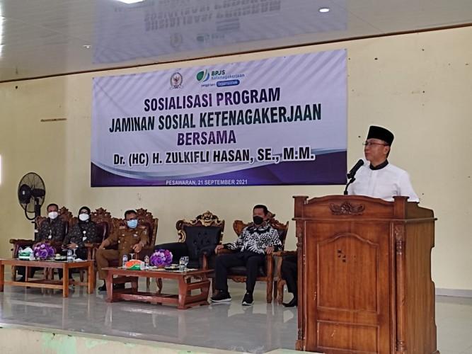 BPJamsostek Bersama Zulkifli Hasan Sosialisasikan Program Jaminan Sosial di Pesawaran dan Pringsewu