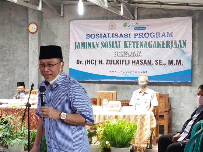 BPJamsostek Bersama Zulkifli Hasan Sosialisasikan Program Jamsostek di Jatiagung