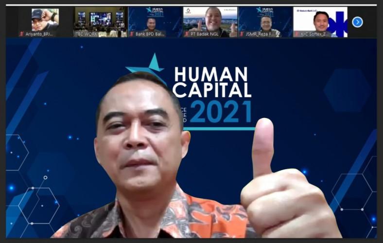 BPJamsostek Diganjar 4 Penghargaan pada Human Capital on Resilience Excellence Award 2021